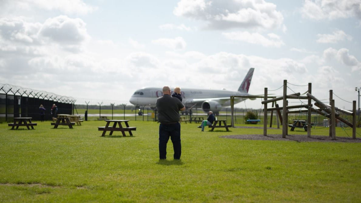 Manchester Airport Runway Visitor Park