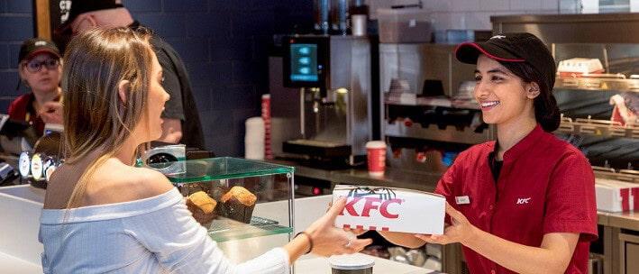 customer buying kfc