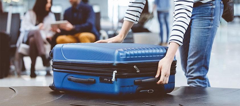 Baggage reclaim image
