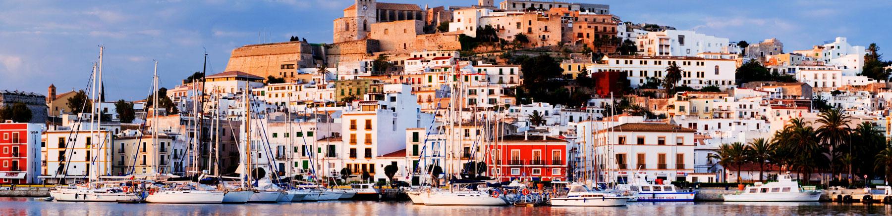 Transfers de e para aeroporto Ibiza